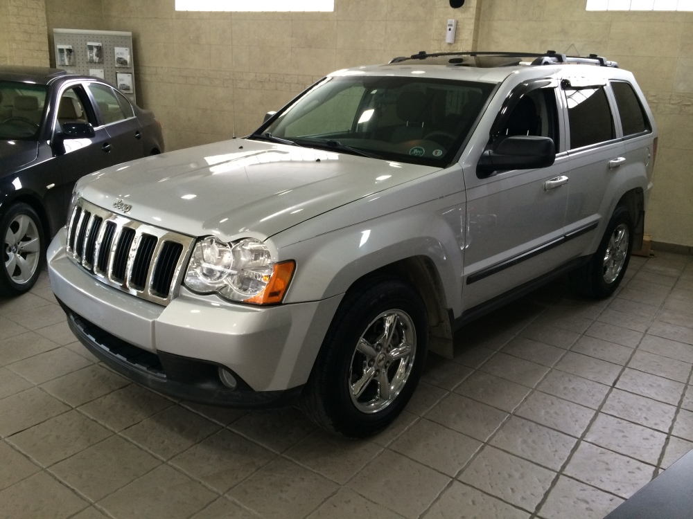 2008 Jeep Grand Cherokee Laredo V6 4x4 for sale @ Mini Me Motors in Beirut, Lebanon (1/6)