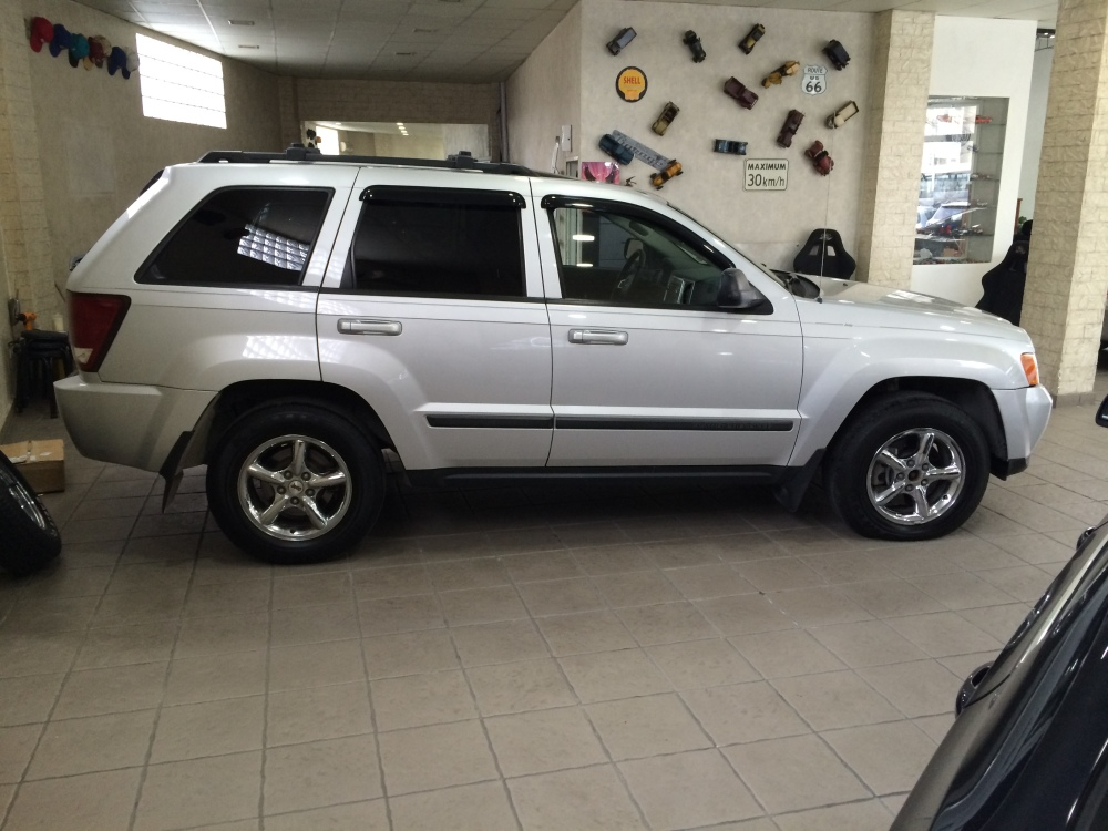 2008 Jeep Grand Cherokee Laredo V6 4x4 for sale @ Mini Me Motors in Beirut, Lebanon (3/6)