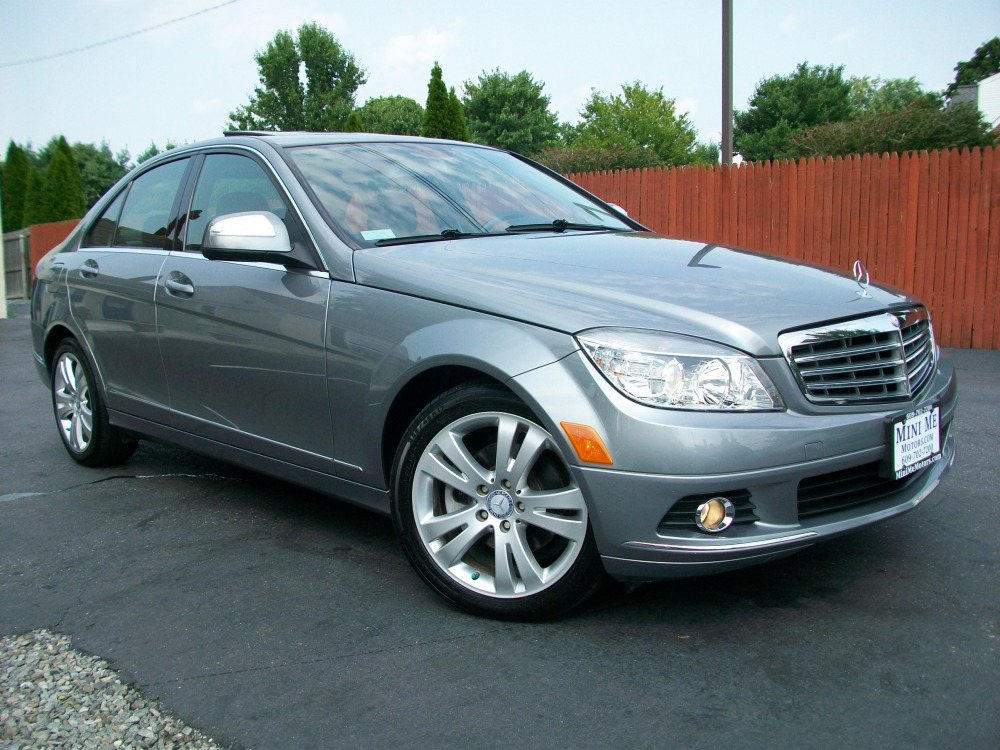 2008 Mercedes-Benz C300 4Matic luxury sedan for sale in Beirut, Lebanon (1/6)