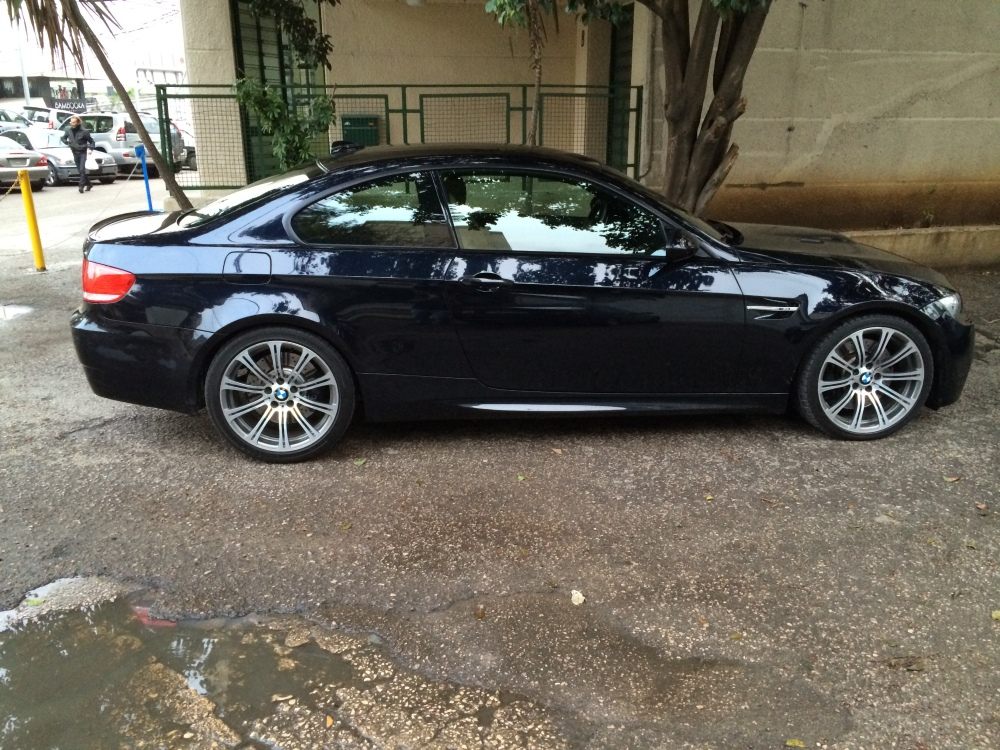 2009 BMW M3 SMG for sale at Mini Me Motors in Beirut, Lebanon (5/6)