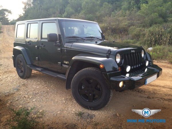 2010 Jeep Wrangler Sahara unlimited for sale at Mini Me Motors in Beirut, Lebanon (1/6)