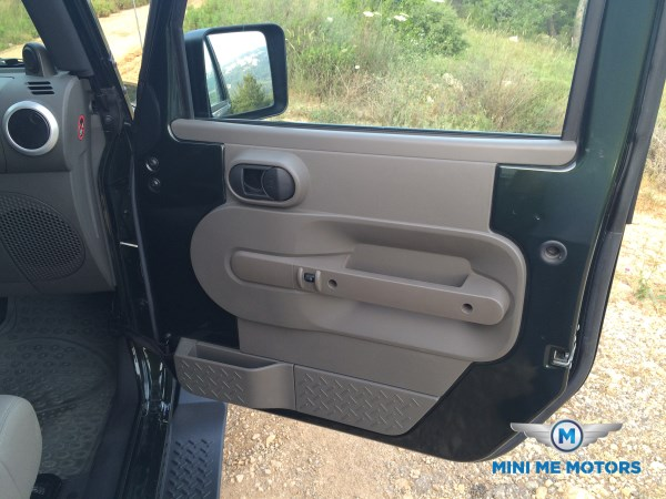 2010 Jeep Wrangler Sahara unlimited for sale at Mini Me Motors in Beirut, Lebanon (6/6)