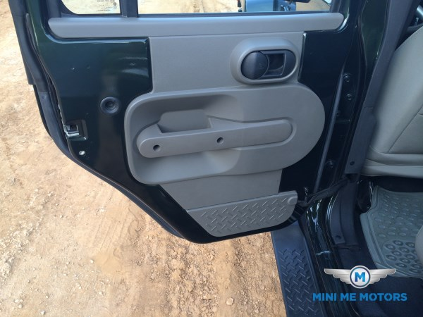 2010 Jeep Wrangler Sahara unlimited for sale at Mini Me Motors in Beirut, Lebanon (5/6)