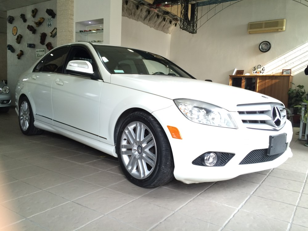2009 Mercedes-Benz C300 sport for sale at Mini Me Motors (1/6)