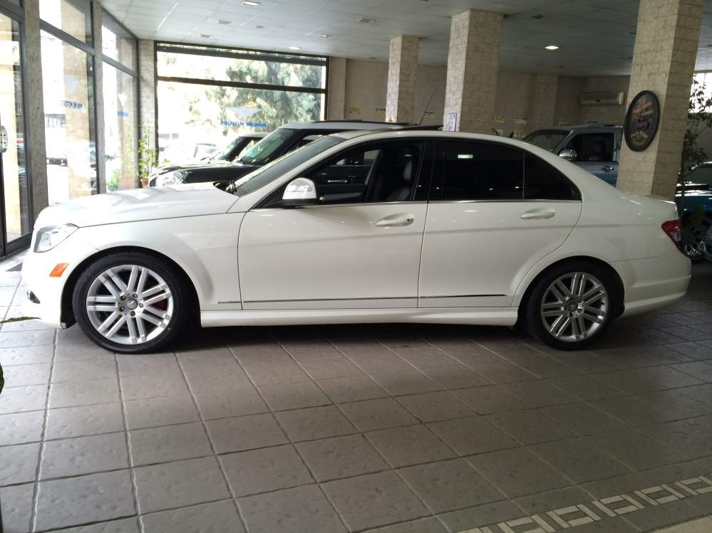 2009 Mercedes-Benz C300 sport for sale at Mini Me Motors (4/6)